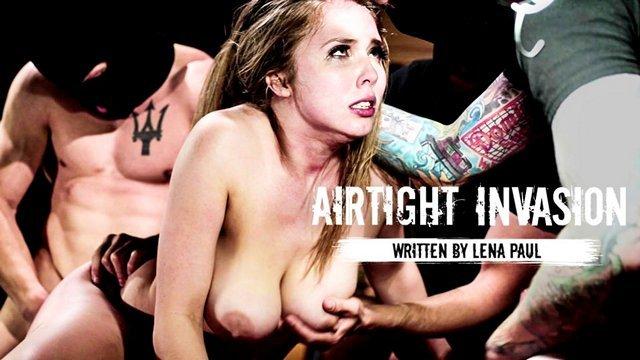 Секс зечками снял телку у клуба порно хуй фото